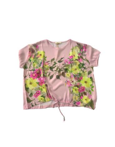 14.14.8.SC002 Blusa rosa fresca de verano con flores talla grande
