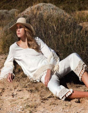 conjunto linho branco com berloques calças e blusa