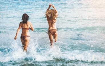 Bikinis e Roupas de Praia