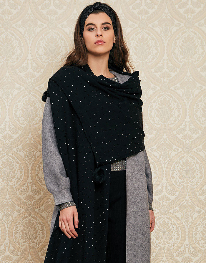 Bufanda negra detalle brillo